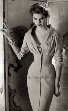 Christian Dior, Dress Design Patterns, Sewing Patterns, Collars, Dress Name, Japanese Sleeve, Blouse And Skirt, Types Of Dresses, Pencil Dress