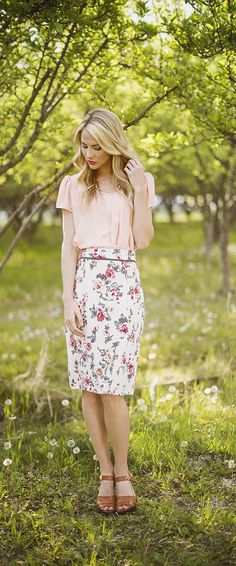 Taupe Floral Pencil A modest, floral pencil skirt. Paired with the Drape Top in peach.
