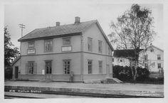 Hjellum stasjon. Rørosbanen. Hamar kommune. Hedmark fylke.  Foto: Carl Normann 1924