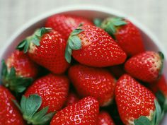12 foods that naturally whiten your teeth - Yahoo!