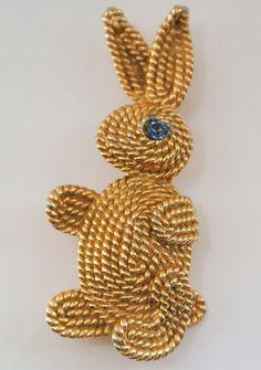 Vintage Napier Bunny Brooch Pin