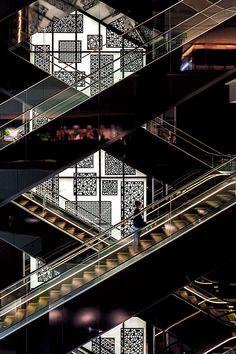 三菱エレベーター・エスカレーター|納入事例|グランフロント大阪|三菱電機
