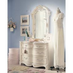 Lea Jessica McClintock Romance 4 Drawer Double Dresser in Antique White Antique Bedroom Furniture, Dresser Furniture, Bedroom Dressers, Kids Furniture, Furniture Sets, 4 Drawer Dresser, Dresser As Nightstand, Malm Dresser, Jessica Mcclintock
