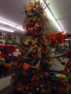 2014 fall tree at Silks and Crafts