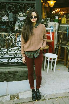 Hipster Girls' Outfits For Winter Hipster Girl Outfits Ideas, How To Dress Like a Real Hipster Hipster Outfits Winter, Winter Hipster, Hipster Girl Outfits, Hipster Girls, Outfit Winter, Hipster Clothing, Fall Outfits, Vintage Hipster Outfits, Hipster Jeans Outfit