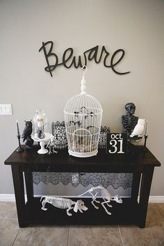 25 Interesting Halloween Home Decor Ideas. If you are looking for Halloween Home Decor Ideas, You come to the right place. Below are the Halloween Home Decor Ideas. This post about Halloween Home Dec. Retro Halloween, Spooky Halloween, Vintage Halloween Decorations, Outdoor Halloween, Holidays Halloween, Chic Halloween Decor, Halloween Kitchen Decor, Farmhouse Halloween, Halloween Decorations Apartment