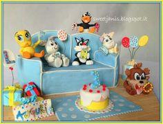 Looney Tunes Babies Cake