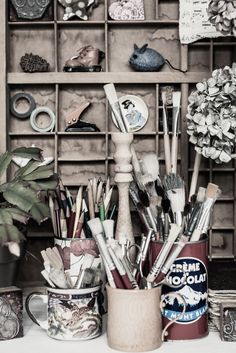 vignette with brushes | odile lm