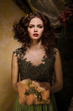 Glamour Fairy Tales- The Green Dress Russian Wedding, She's A Lady, Gala Dresses, Hazel Eyes, Color Photography, Fashion Photography, Green Dress, Pretty Woman, Retro Fashion