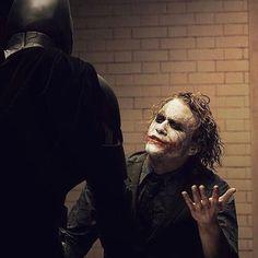 "Batman and the Heath Ledger Joker playing a game of ""Where's Harvey? Der Joker, Heath Ledger Joker, The Dark Knight Trilogy, Batman The Dark Knight, Dc Comics Peliculas, Im Batman, Batman Art, Batman Robin, Gotham Batman"