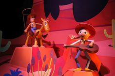 """We love """"It's a small world"""" at Disneyland Hong Kong with Woody and Jesse!"""