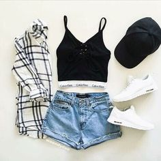 fashion, outfit, and style image Mode, Outfit und Stil Bild Teenage Outfits, Teen Fashion Outfits, Cute Fashion, Outfits For Teens, Girl Outfits, Fashion Fashion, Fashion Shoes, Runway Fashion, Fashion Beauty