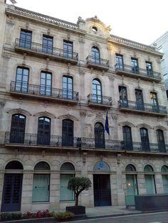 Edificios con historia en el centro de Vigo. bebetecavigo
