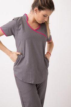 Tefi Poly azul con fucsia Medical Scrubs, Nurse Scrubs, Denim, How To Wear, Housekeeper, Women, Colors, Lighting, Garden