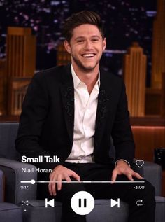 One Direction Lockscreen, One Direction Wallpaper, One Direction Pictures, 1d Songs, Louis Tomlinsom, Aesthetic Songs, Naill Horan, Music Wallpaper, Larry Stylinson