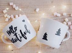 In dieser DIY-Anleitung zeige ich euch einen Trick, wie das Handlettering auf Tassen ganz einfach geht. DIY einfache Weihnachtsgeschenke