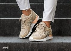 asics mesh gel-lyte v trainers in beige