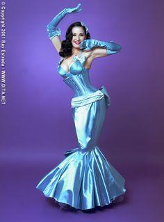 A Fetishists Blog- Hobble/Pencil & Mermaid skirts