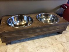 Recycled Pallet Dog Bowl Holder