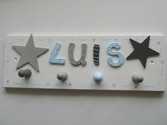 Garderoben - Garderobe mit Sterne und Namen - ein Designerstück von Herzerquicklich bei DaWanda
