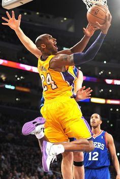 916c9759ca02 That s right get them Kobe! Nba Players