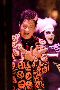Here's How to DIY David S. Pumpkins, This Year's Hottest Last-Minute Costume