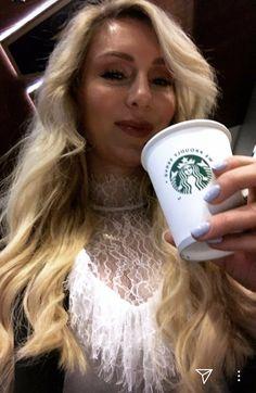 Charlotte Flair WOOOO 👑 Charlotte Flair Wwe, Wwe Stuff, Raw Women's Champion, Wwe Divas, Celebrity Dresses, Superstar, Nice Dresses, Wrestling, Random