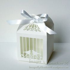 Free Birdcage favor box svg cutting file - a great way to present my quilled chickens?!