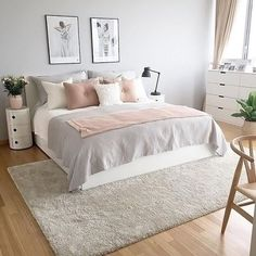 Modern bedroom in pale grey pink and white