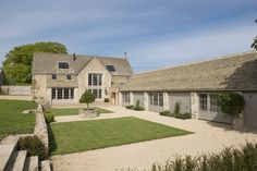 Strutt & Parker - London Head Office present this 5 bedroom detached house in Middle Lypiatt, Stroud, Gloucestershire Stone Barns, Stone Houses, Barn Conversion Exterior, Barn Conversions, Barn House Conversion, Cotswold House, Cotswold Cottage Interior, Self Build Houses, Barn Renovation