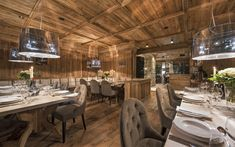 Chalet Eden Rock is a luxury ski chalet in St Anton exclusively run by Kaluma Ski. A 10 bedroom ultimate luxury chalet with private spa & stunning interior. Townhouse Interior, Chalet Interior, Luxury Interior, Ski Chalet, St Anton, Eden Rock, Luxury Ski Holidays, Leo, St Moritz