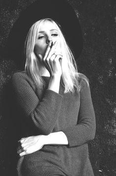 model Julia Grant Make up Nastia Goliandin Photographer Maria Carmisciano