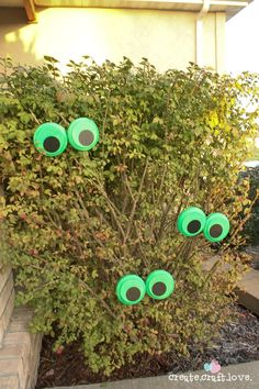 You can quickly whip up these Glow in the Dark Monster Eyes