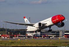 Norwegian Air Shuttle EI-LNA Boeing 787-8 Dreamliner aircraft picture