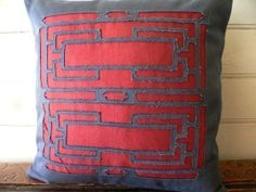 reverse applique pillow from kaboodle