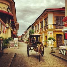 Vigan City, Ilocos Sur in Ilocos Sur, Ilocos Sur, I miss the plaza and zagu Vigan, Places To Travel, Places To See, Travel Destinations, Philippines Culture, Philippines Travel, Rizal Park, Ilocos, Cebu City