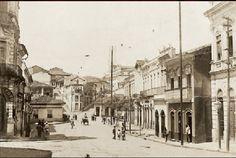 Largo do Riachuelo - 1910 Visto do Lgo.daMemoria - Dir Lad.S.Francisco - Esq.Lad.Ouvidor - Foto Aurélio Becherini