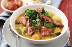 our winter vegetable soup is quick and simple, using a bag of ready chopped frozen winter vegetables to make this soup in next to no time. Winter Vegetable Soup, Winter Vegetables, Vegetable Soup Recipes, Healthy Food Blogs, Good Healthy Recipes, Healthy Foods To Eat, Crispy Bacon Recipe, Bacon Recipes For Dinner, Cheap Family Meals