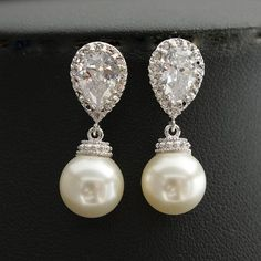 Pearl+Jewelry+Cream+Ivory+OR+White+Pearl+Cubic+by+poetryjewelry,+$30.00