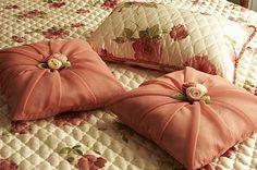 красивые подушки на диван фото: 15 тыс изображений найдено в Яндекс.Картинках