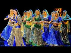 Wanna be my chammak challo, Indian Dance Group Mayuri, Petrozavodsk, Russia - YouTube