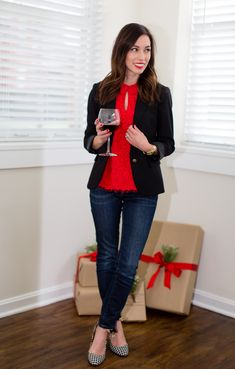3 Easy Tips For Hosting A Holiday Dinner Party Holiday Fashion, Holiday Outfits, Holiday Style, Fall Fashion, Edgy Outfits, Simple Outfits, Dinner Party Outfits, Holiday Dinner, Minimal Fashion