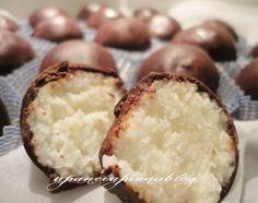 Deliziosi cioccolatini al cocco, semplici da realizzare non necessitano di cottura in forno, una bontà da preparare subito!!!