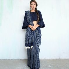 Modern saree blouse design is much inspired from shirts and top which has made saree more comfortable and trendy. Have a small look at below Saree Draping Styles, Saree Styles, Blouse Styles, Drape Sarees, Sari Bluse, Indische Sarees, Moda Indiana, Block Print Saree, Stylish Blouse Design