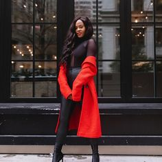 How to style a sexy black and red lolok. Photo by Jenn Ibe in Chicago Downtown with  #Regram via @www.instagram.com/p/B-n1C-zn0XQ/ Holiday Outfits, Trendy Outfits, Winter Outfits, Summer Outfits, Summer Dresses, Red And Black Outfits, Spring Fashion, Winter Fashion, Edgy Style