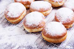 Doughnut, Martini, Donuts, Hamburger, Sweets, Bread, Cookies, Recipes, Food
