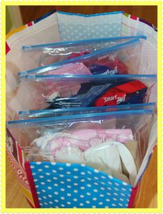 Packing for kids~great idea.  All accessories inside the bag with the outfit.