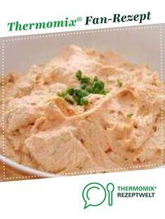 Paprika-Dip mit Knoblauch - - Paprika-Dip mit Knoblauch Himmlische gesunde Dips Bell pepper dip with garlic from fam. A Thermomix ®️️ recipe from the Sauces / Dips / Spreads category www.de, the Thermomix ®️️ community. Meat Recipes, Food Processor Recipes, Chicken Recipes, Cooking Recipes, Pot Roast Beef, Dips Thermomix, Garlic Dip, Food And Drink, Tasty