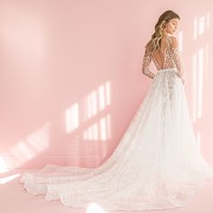 The lastest wedding dresses and chic bridal style inspiration from around the world.