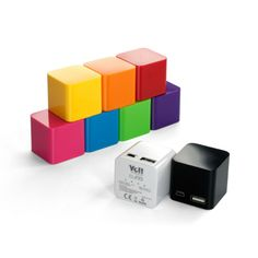 SmartMe Ye!! Energy Cube BPS76 [2000mAh] - Zewnętrzna bateria Ye!! zapewnia stały dopływ energii w celu przedłużenia czasu pracy baterii w Twoim urządzeniu. Teraz możesz dłużej korzystać z rozrywki na swoim telefonie.